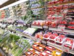 thực phẩm được đóng trong túi nhựa ở siêu thị