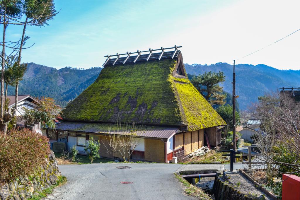 nhà mái tranh tại Miyama Kayabuki no Sato