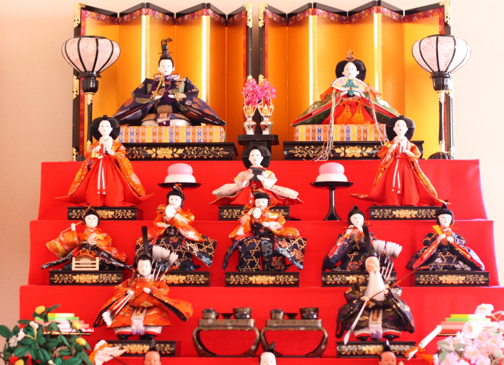 Hinamatsuri hina dolls