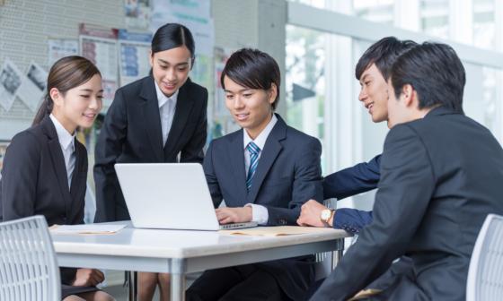 sinh viên đi xin việc tại Nhật