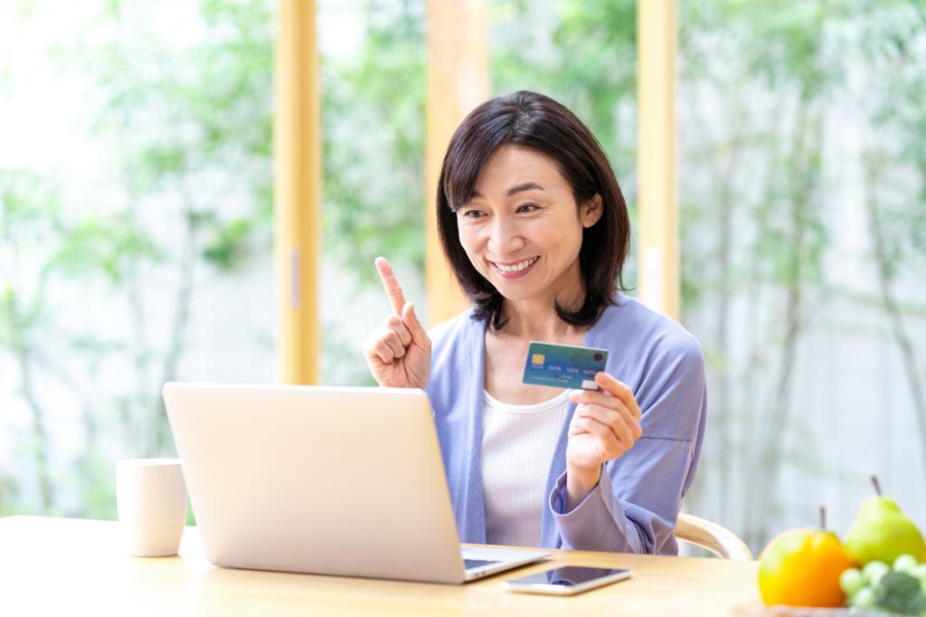 đăng ký thẻ tín dụng tại Nhật Bản