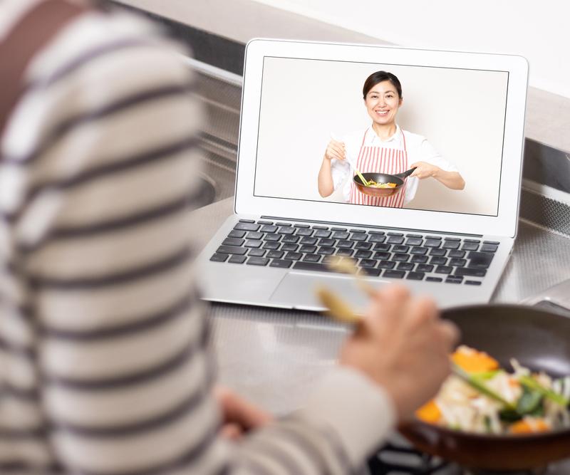 Học nấu ăn qua mạng